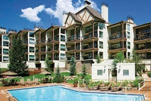 Montaneros In Vail :: Featuring 1 to 4 bedroom condos with hotel services in Vail, Colorado, Montaneros Condominiums are located in Lionshead Village next to Vail Square.